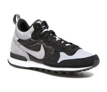 Internationalist Mid Sneaker in schwarz