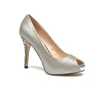 Bailen Pumps in silber