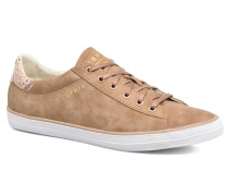 Miana Lace Up Sneaker in braun