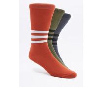 Socken in verschiedenen Farben im Set