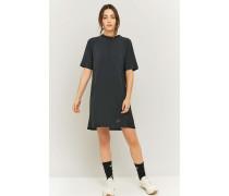 Sportliches, verstärktes Kleid in Schwarz