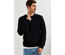 Klassischer Pullover in Schwarz mit Rundhalsausschnitt