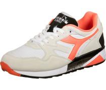 N9002 Sneaker