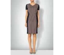 Kleid mit Formeinsatz aus Kontrastmaterial