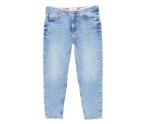Straight jeans in cropped-optik wave