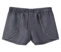 Fließende Shorts