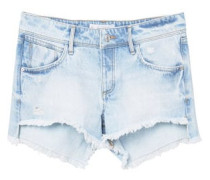 Jeansshorts In Heller Waschung.
