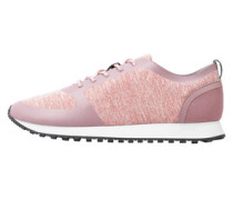 Sneaker Aus Kombinierten Materialien