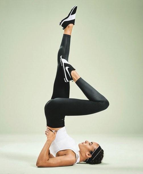 Nike-Black-and-White