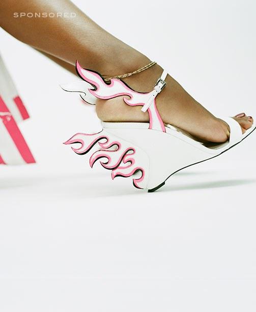 Schuh aus der neuen mytheresa x Prada Kollektion