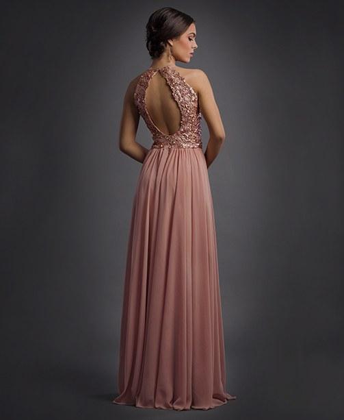 Bodenlanges Abendkleid als Hochzeits-Look.