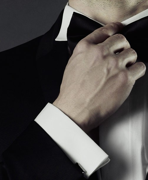James Bond Outfit