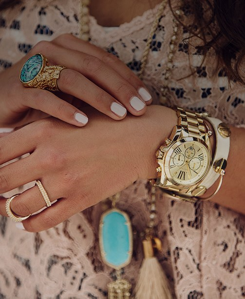 Frauenhände, Uhr, Armband, Türkise